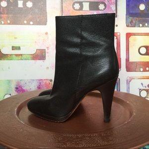Banana Republic   Black Heeled Ankle Boots